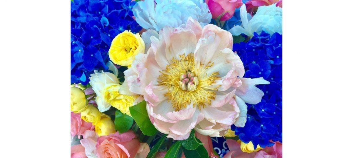 bright_wedding_flowers_amalfi_coast-002