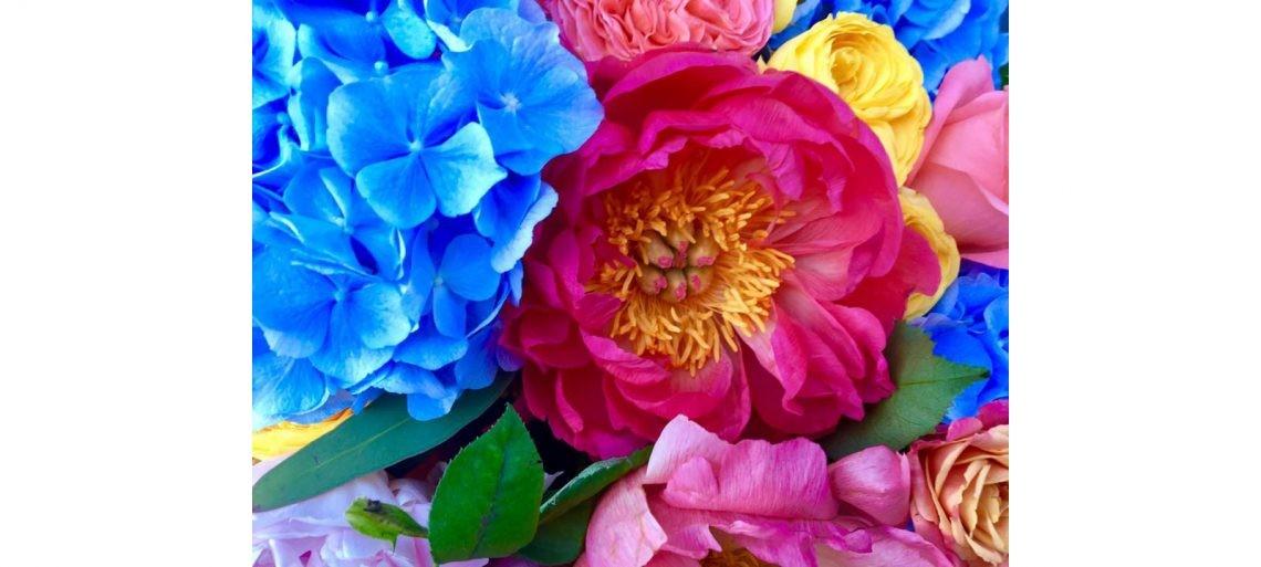 bright_wedding_flowers_amalfi_coast-003