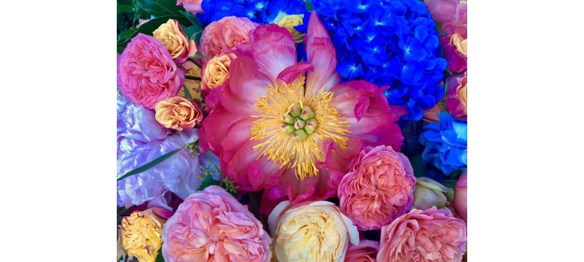bright_wedding_flowers_amalfi_coast-004