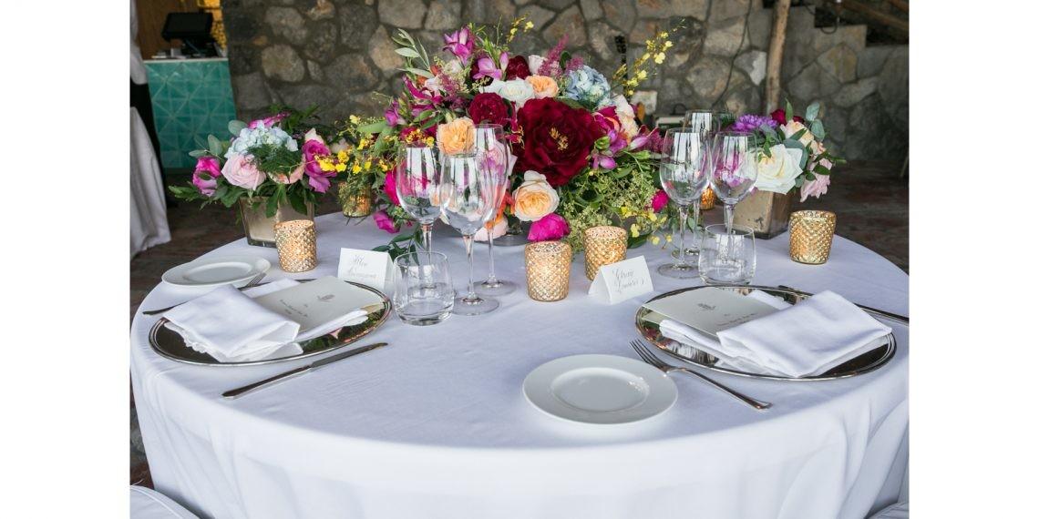 bright_wedding_flowers_amalfi_coast-013